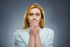 好きな人に避けられる…その理由と今後の行動について