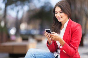 女性が長電話する心理になるのはなぜ?その理由について