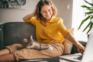 ペットを飼う心理にはどのような思いがある?恋愛との関係性について